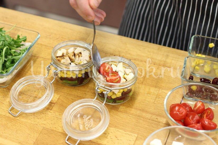 Легкий салат с курицей и свежими овощами - шаг 4