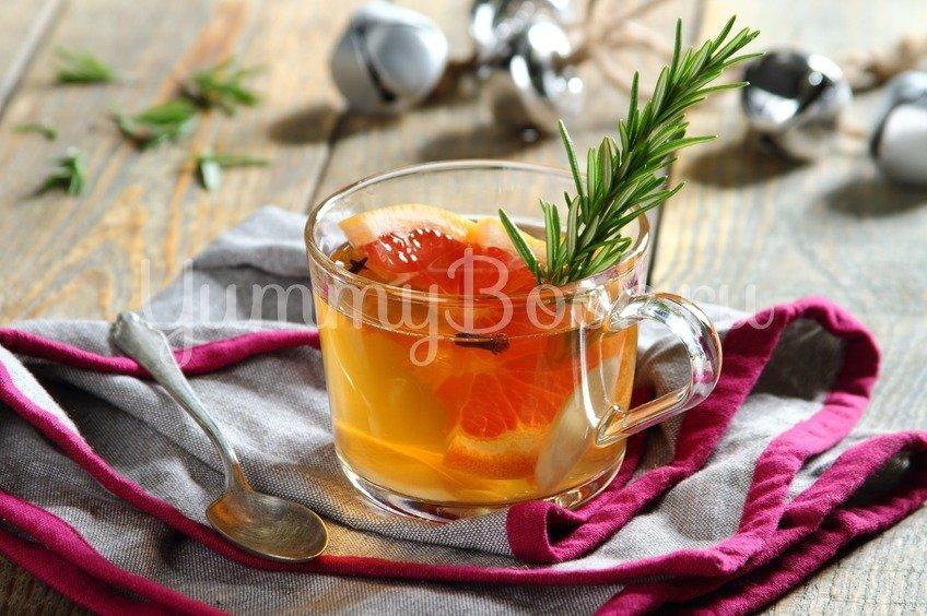Согревающий чай с грейпфрутом и розмарином