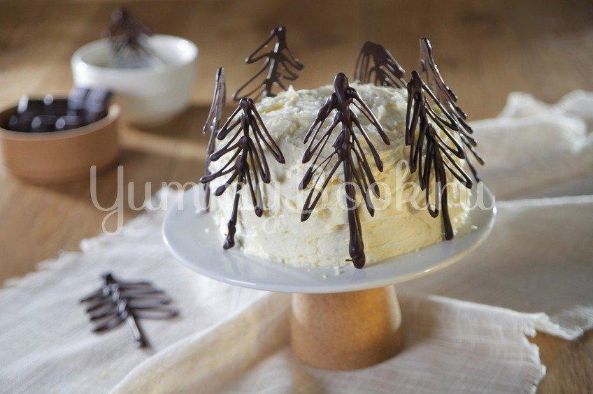 Шоколадный праздничный новогодний торт