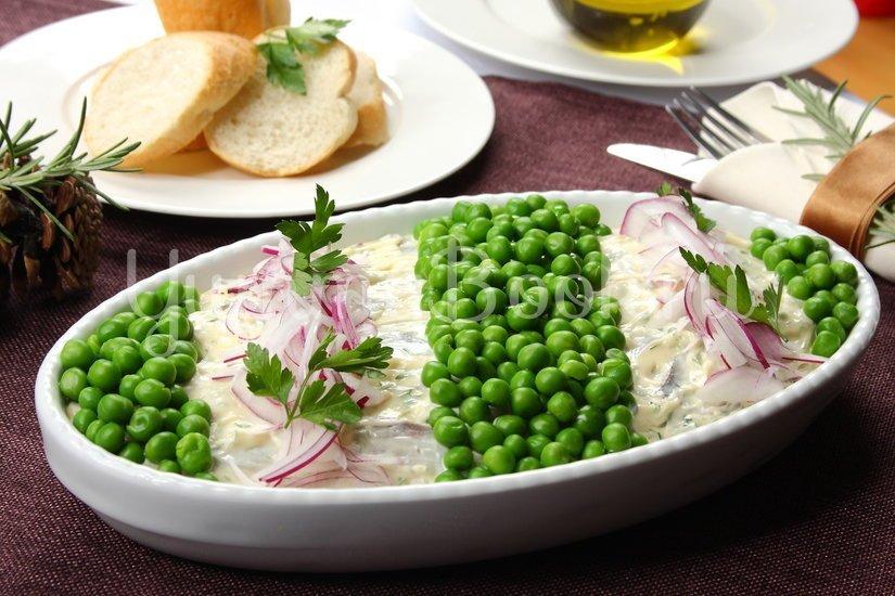 Салат с сельдью и картофелем - шаг 5
