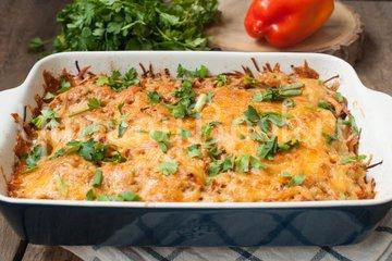 Картофельная запеканка с фрикадельками - шаг 6