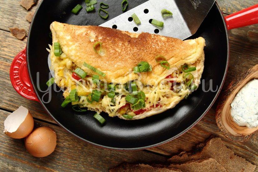 Омлет с овощами и соусом - шаг 7