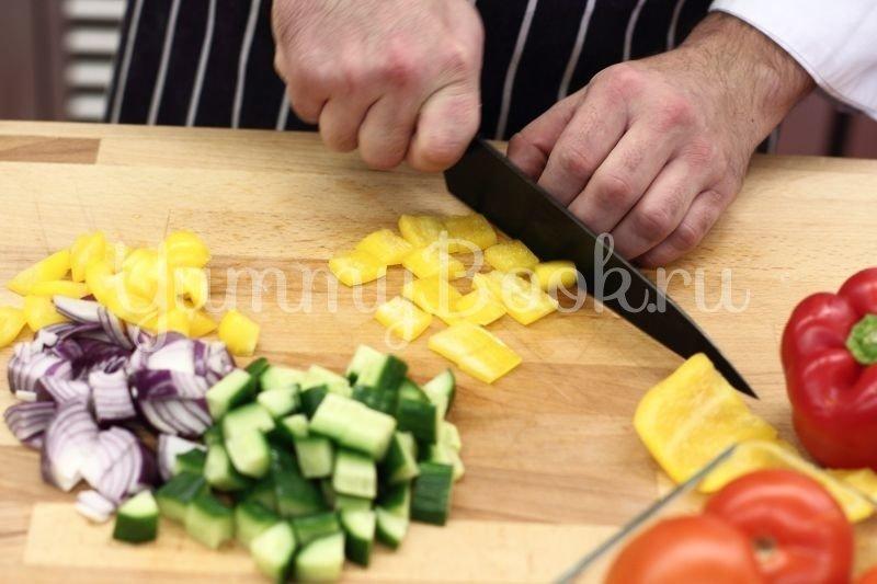 Классический греческий салат - шаг 1