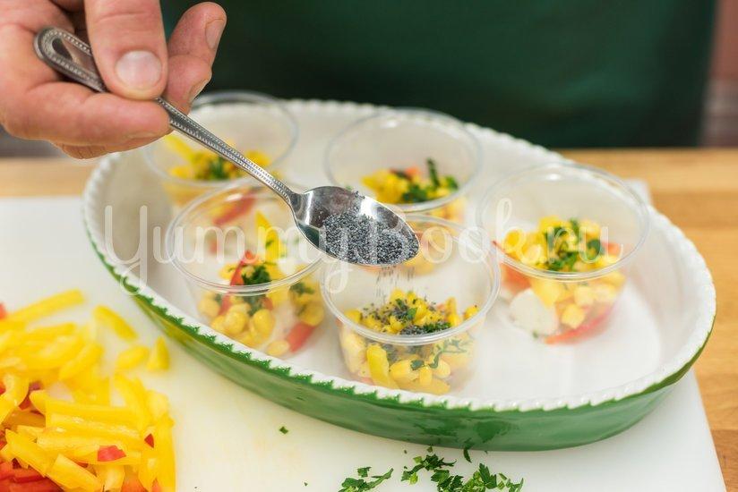 Заливное из овощей с сыром Моцарелла - шаг 3