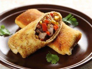 Блинчики с говядиной по-мексикански