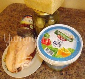 Салат с копченой курицей и фасолью - шаг 1