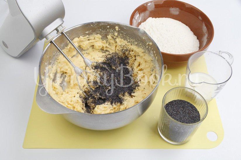 Маковый пирог с молочной глазурью - шаг 2