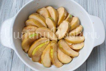 Яблочный пирог-перевертыш - шаг 4