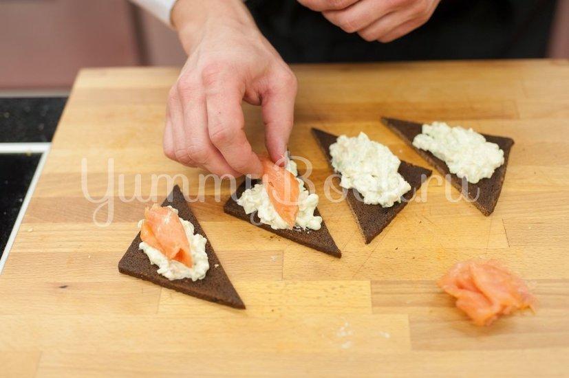 Бутерброды с авокадо и лососем - шаг 3