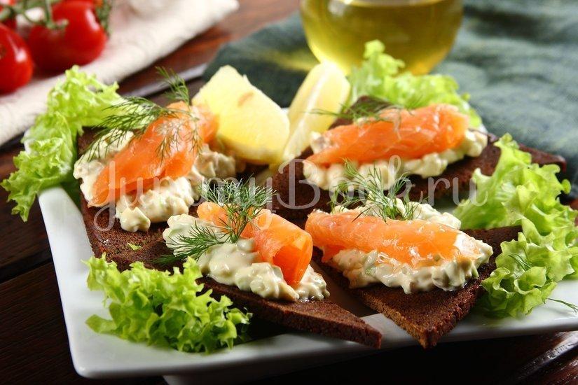 Бутерброды с авокадо и лососем - шаг 5
