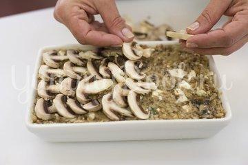Запеканка из гречки с грибами - шаг 5