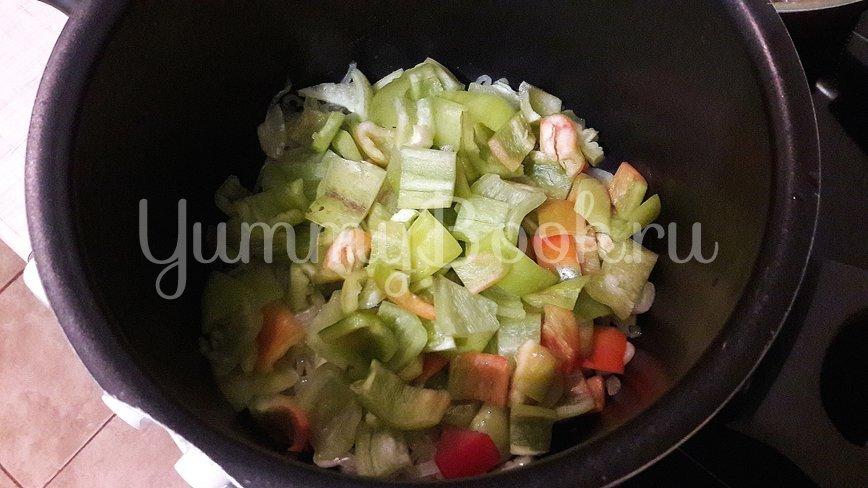 Густая сметанно-овощная подлива - шаг 4