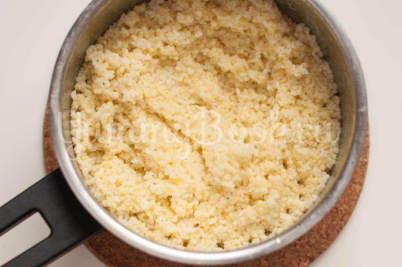 Пирожки с грибами, сыром и пшенной крупой - шаг 6