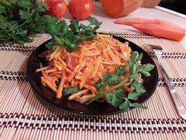 Лёгкий и полезный салат с тыквой