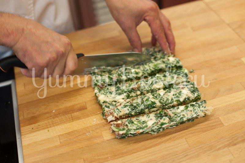Слойки со шпинатом и сыром Фета - шаг 3
