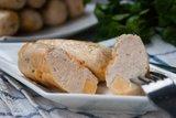 Куриные колбаски с сыром (домашние сосиски)