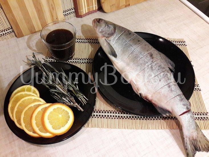 Горбуша, запечённая с розмарином в апельсиново-соевом соусе - шаг 2