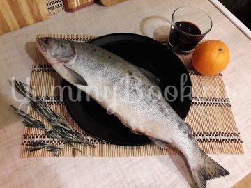 Горбуша, запечённая с розмарином в апельсиново-соевом соусе - шаг 1