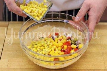 Пикантный салат с курицей - шаг 4
