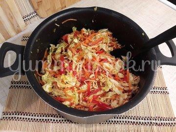 Сочный салат с запечённым куриным филе и овощами - шаг 6