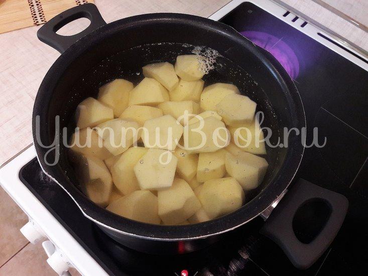 Картофельные зразы с куриным филе и морковью - шаг 2