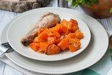 Куриные окорочка, запеченные с тыквой