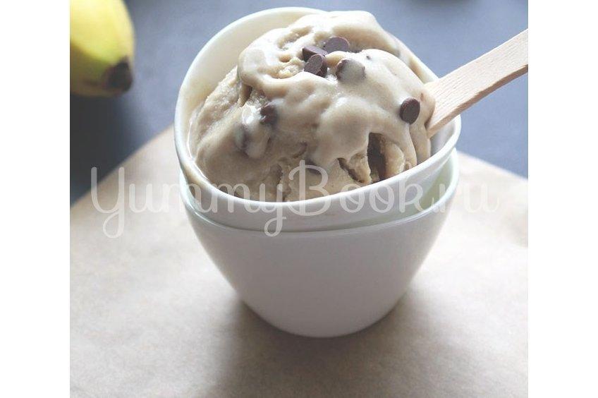 Веганское бананово-арахисовое мороженое