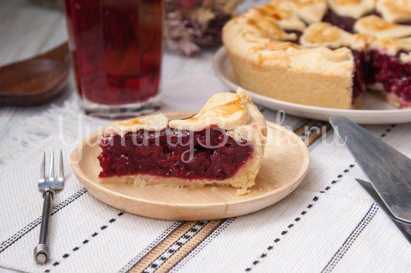 Пирог с вишнёвой начинкой - шаг 9