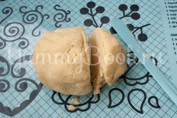 Пирог с вишнёвой начинкой - шаг 4
