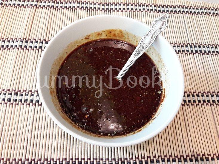 Запечённое куриное филе в томатно-соевом соусе - шаг 3