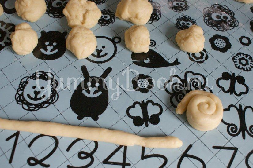 Пасхальные булочки-кролики - шаг 6