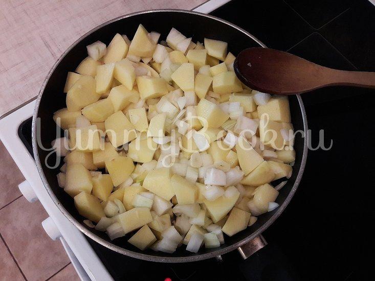 Картофель с соевым соусом и кунжутом  - шаг 4