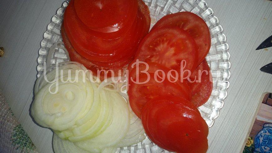 Салат из помидоров с орехами - шаг 2