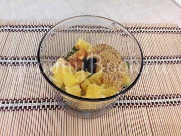 Свежий салат с нестандартной цитрусовой заправкой - шаг 6