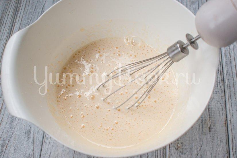 Сахарные  булочки на кефире - шаг 1