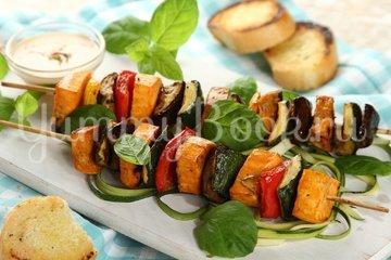 Вегетарианский шашлык из овощей - шаг 6