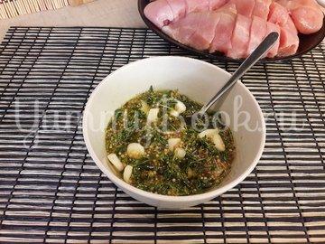 Куриное филе, запечённое с чесноком и тимьяном  - шаг 3