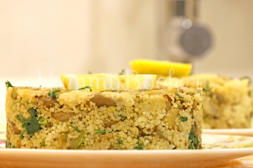 Кус-кус (рис) с грибами и кабачком