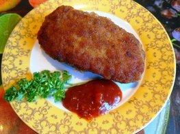 Мясные зразы с тостовым сыром и яйцами