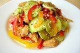 Салат «Причуда» с кабачками и курицей