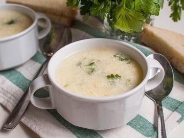 Страчателла, яичный суп