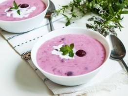 Холодный сладкий вишнёвый суп