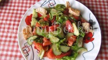 Легкий салат с овощами и курицей  - шаг 4