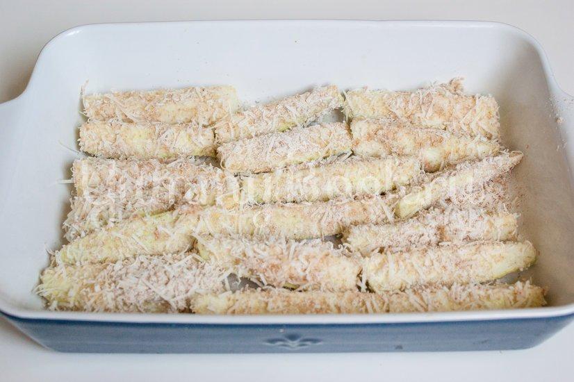 Кабачки в сырной панировке - шаг 7