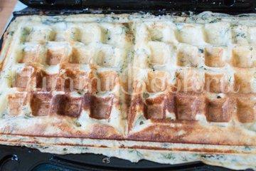 Картофельные вафли - шаг 5