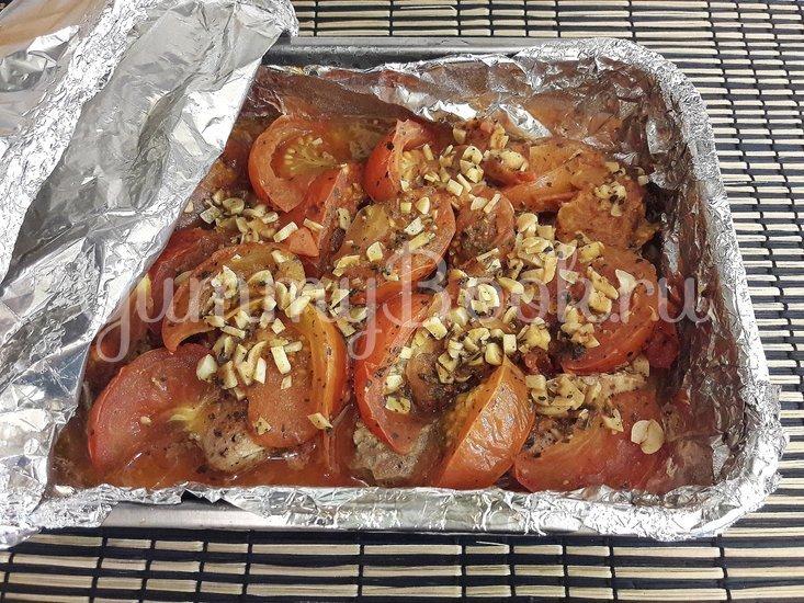 Свинина, запечённая с помидорами и чесноком - шаг 10
