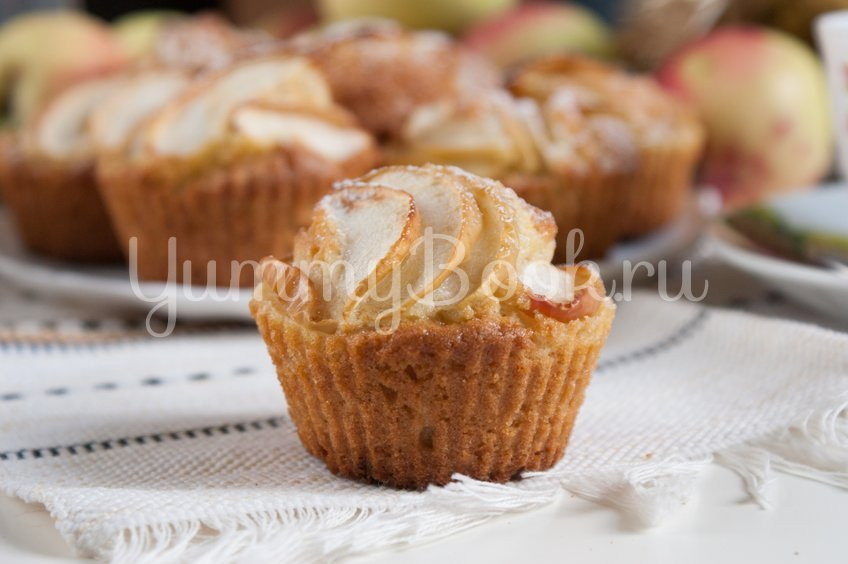 Кексы с яблоками