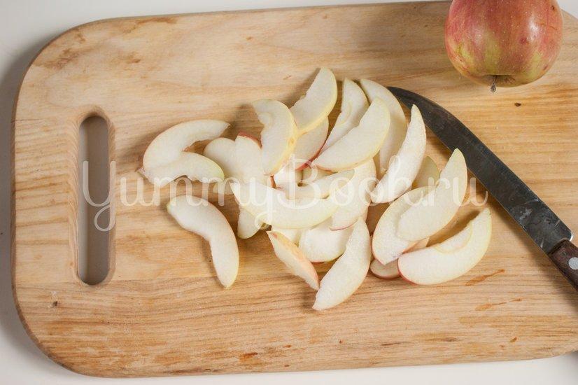 Кексы с яблоками - шаг 6