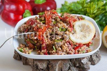 Салат из печёного сладкого перца с орехами и чесноком - шаг 7