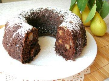 Шоколадный кекс на йогурте с грушами